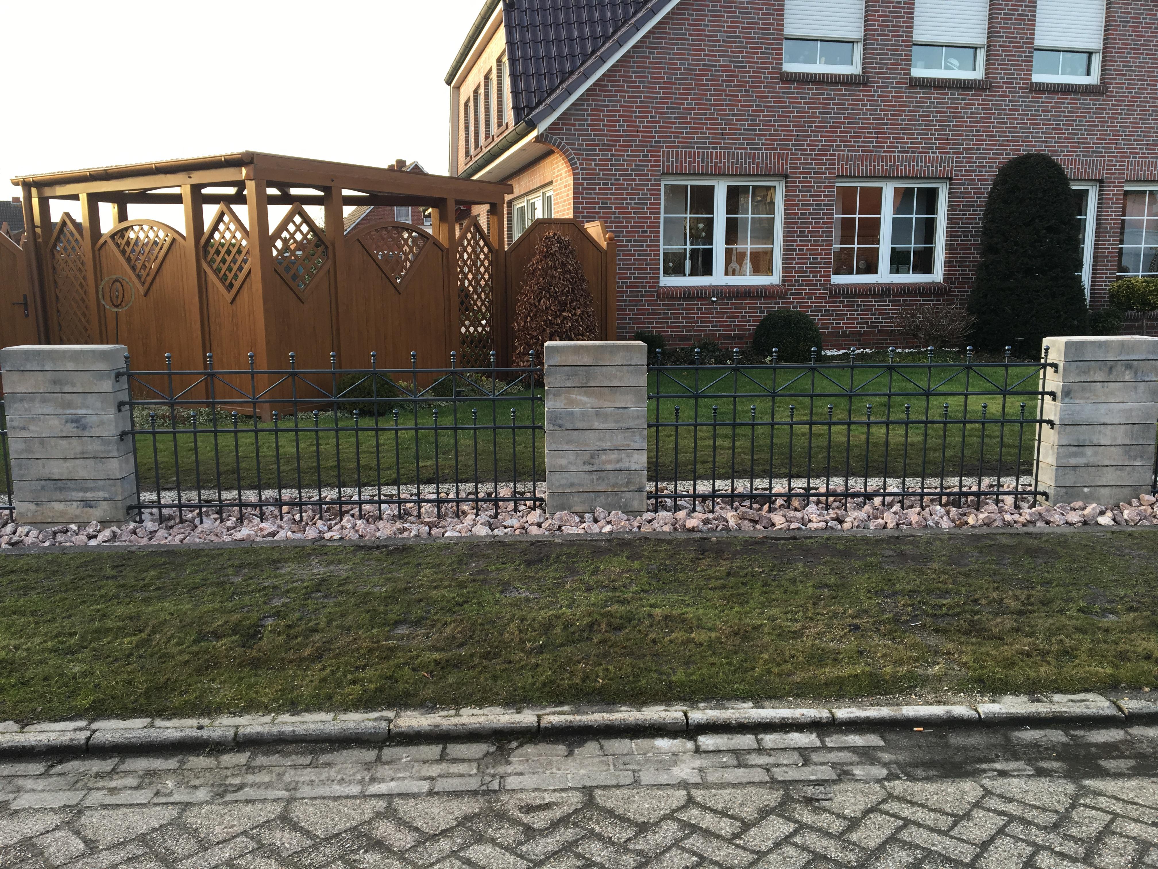 Antikpark Gräfe Hesel Ostfriesland Metallzäune Tore